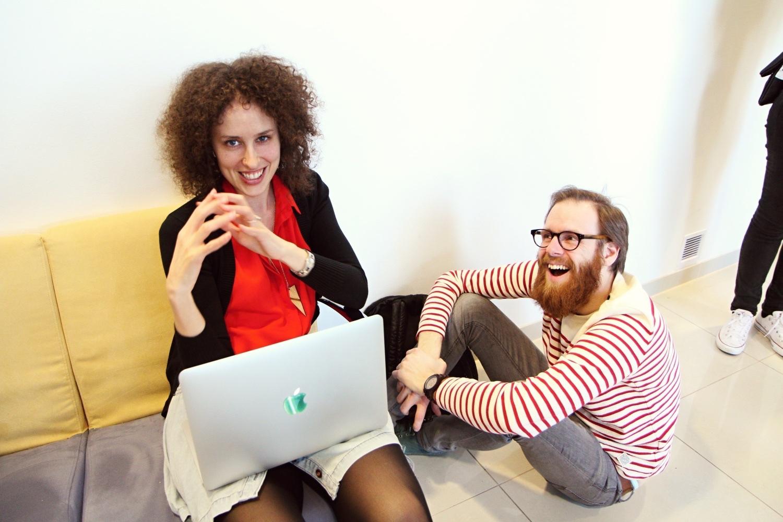 Jak oslovit neznámého člověka na Barcampu?